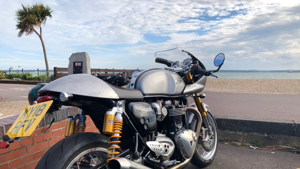 This is a single seat bike in true keeping with cafe racers