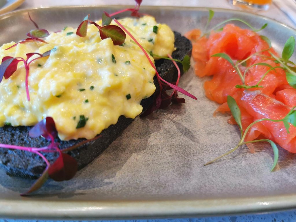 A Flipping Nice Brunch At Heads + Tails In West Hampstead 8