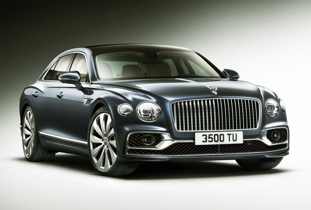 The Newly-Designed Bentley Flying Spur is a Technological Tour de Force 7