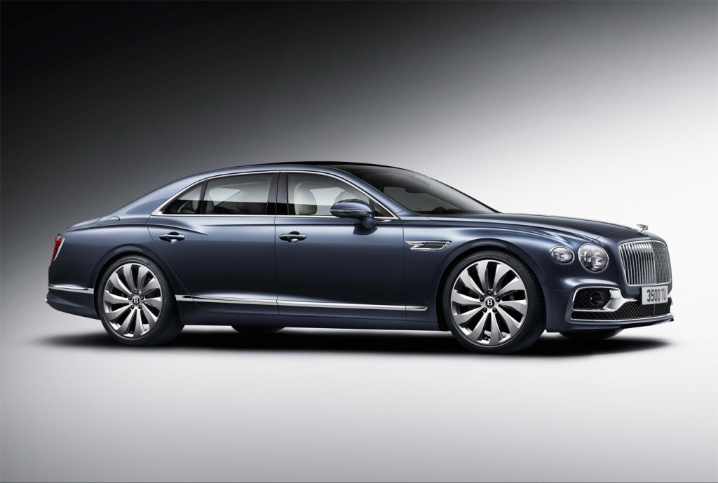 The Newly-Designed Bentley Flying Spur is a Technological Tour de Force 8