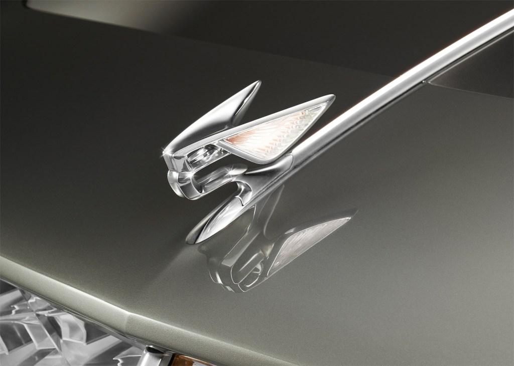 Bentley EXP 100 GT Mascot