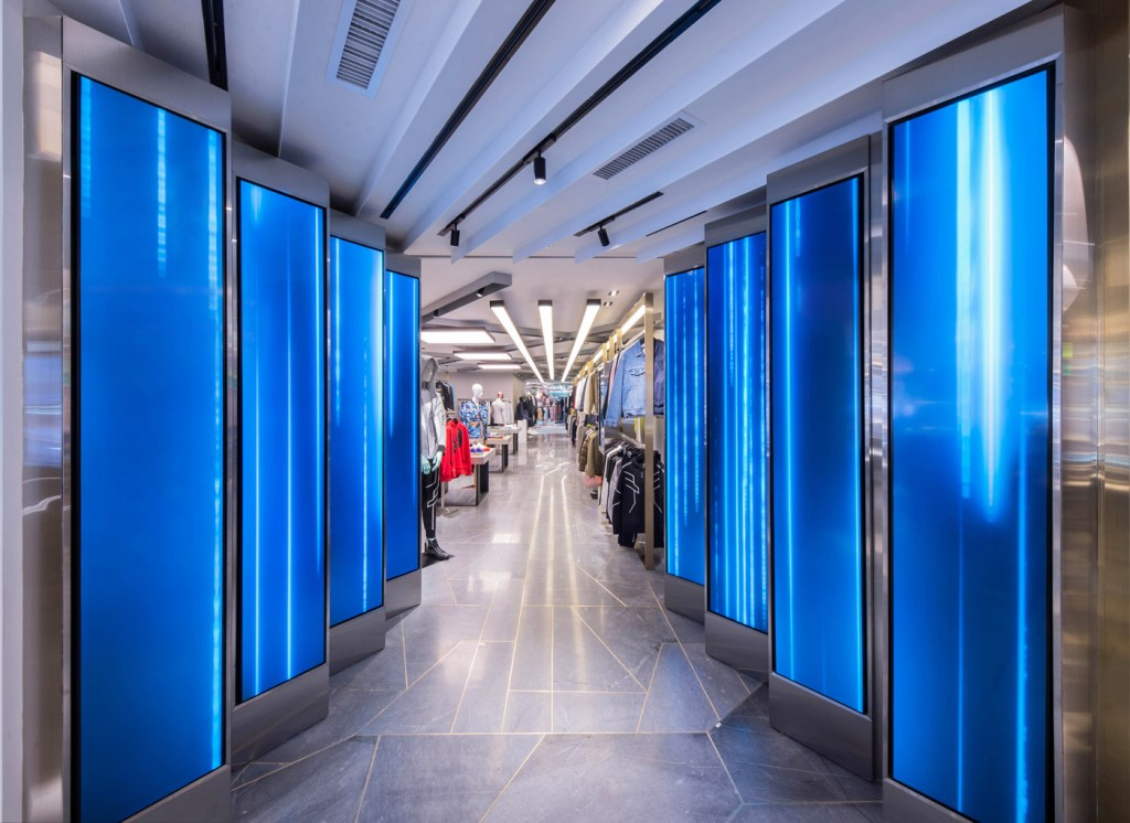 Harvey Nichols new Hong Kong Shopping Experience by Studio Four IV 6