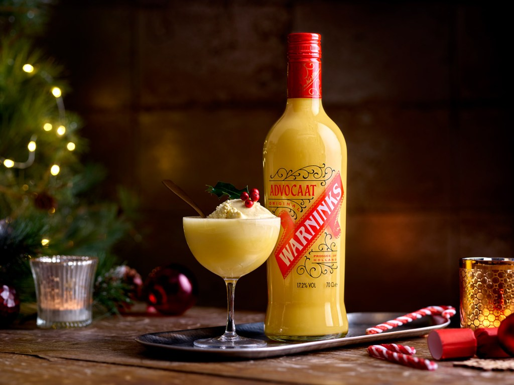 Warninks Advocaat Posh Snowball Cocktail