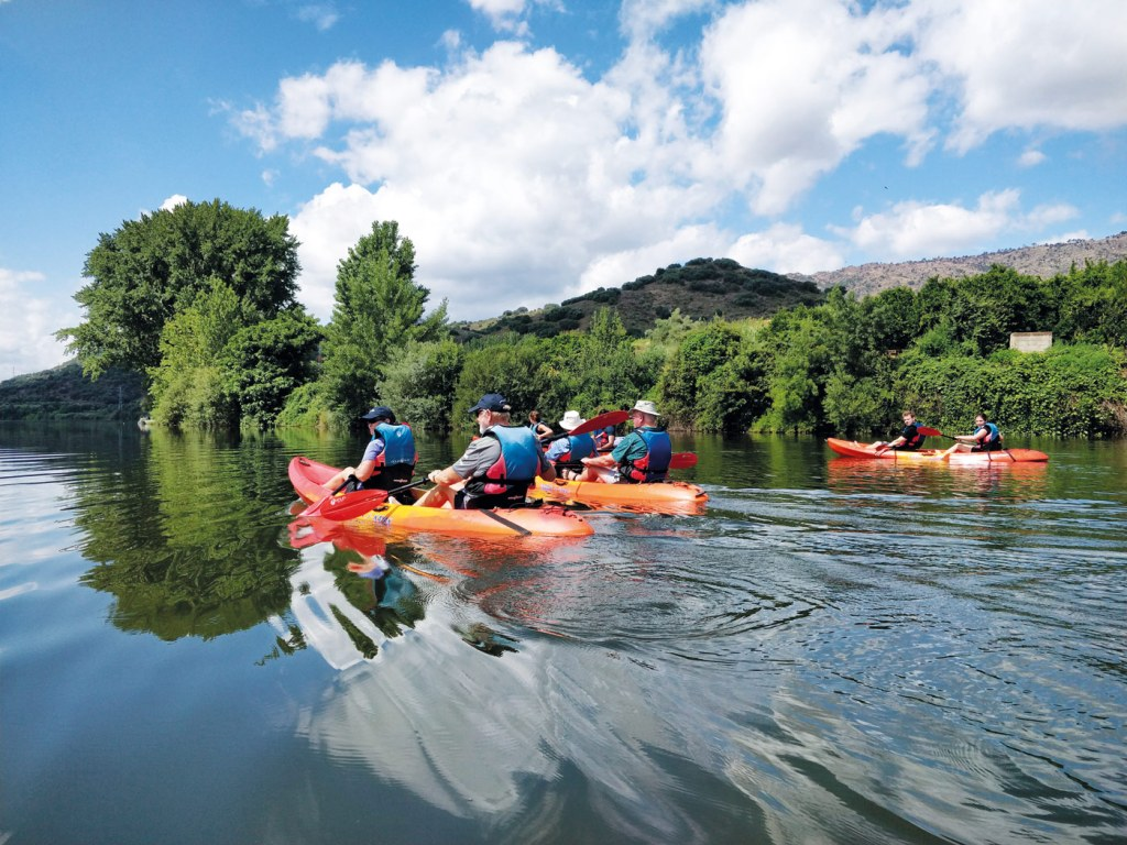 Exploring the Douro by canoe with Emerald Waterways