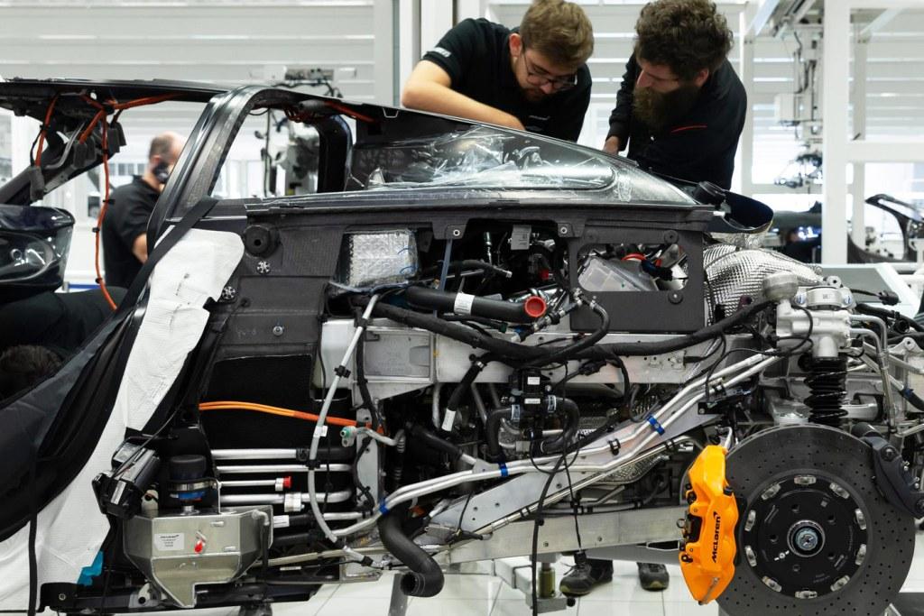 McLaren Speedtail Hypercar Concludes High-Speed Validation Programme 8