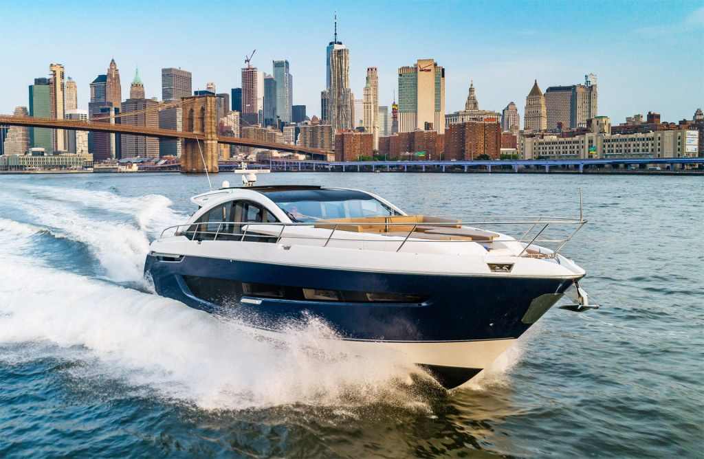 Fairline Yachts Targa 65 running high speed