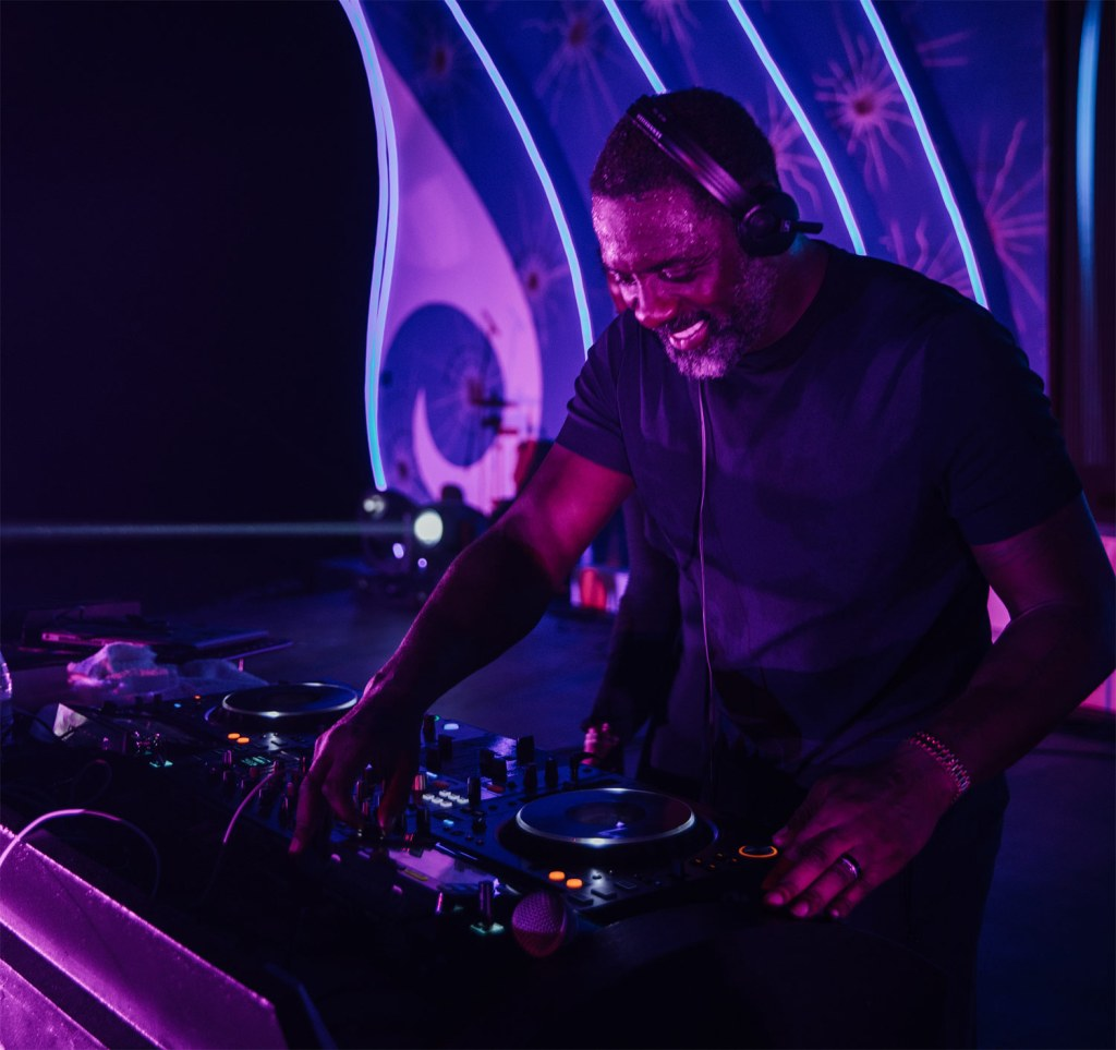 Idris Elba deejaying at One&Only Reethi Rah