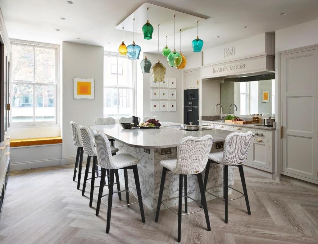 Martin Moore Creates Kitchen for Michelin-Starred Restaurant Pied à Terre
