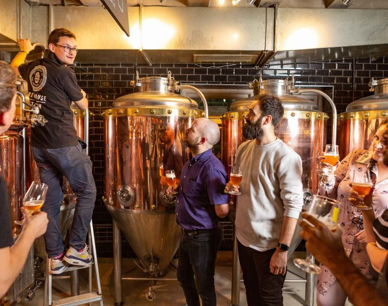 Brewing Experts Give a Tutored Tasting of Tongerlo Beer