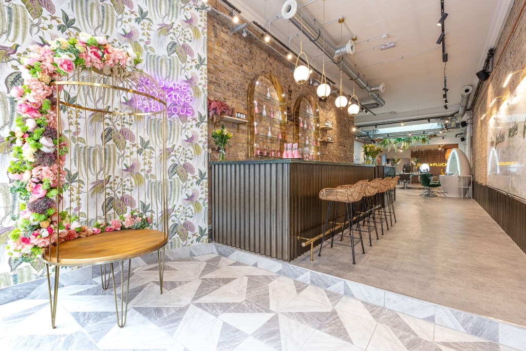 We head to Duck & Dry Mayfair for some Hair-based TLC