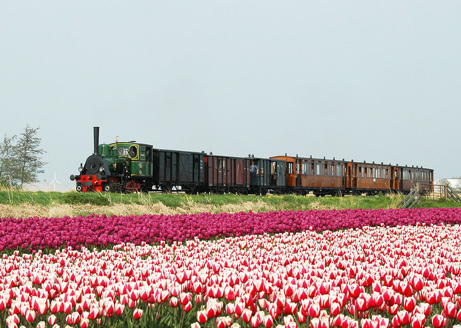 Hoorn to Medemblick railway n Holland