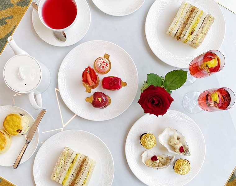 Royal Lancaster London Valentine's Day Afternoon tea