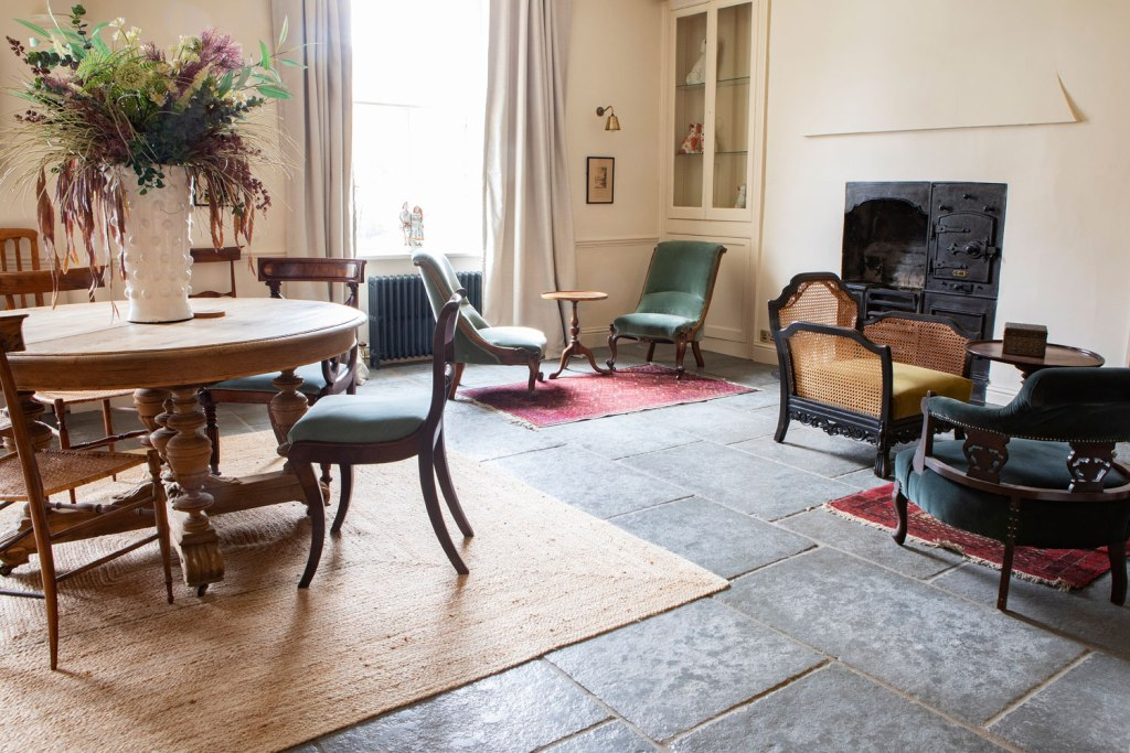 Victorian House Hotel Grasmere Lake District has an old-school feel