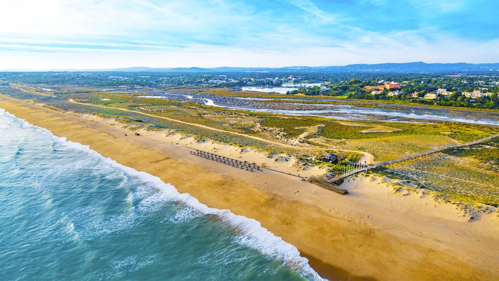 The beach at Quinta do Lago