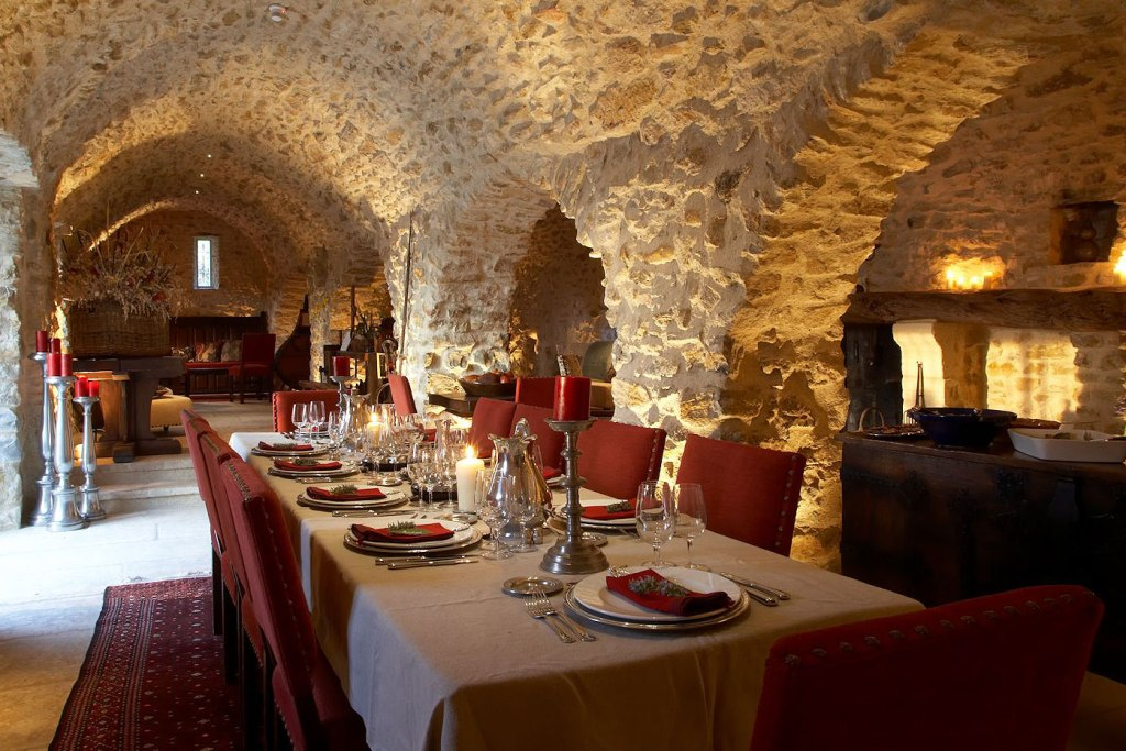 Dining in the La Verrière cellars