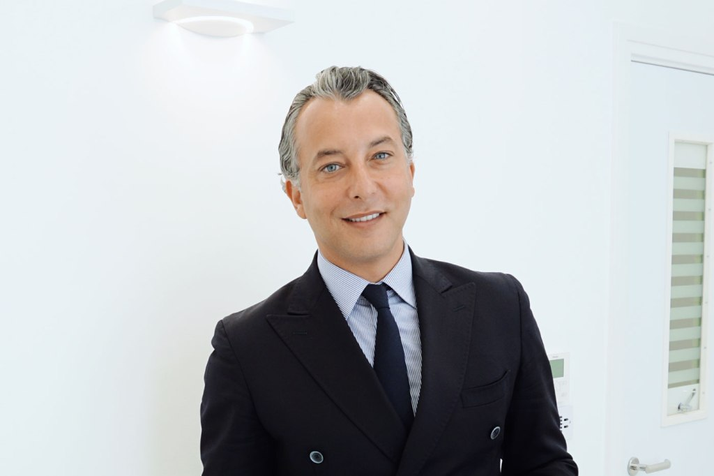 Plastic Surgeon Dr Olivier Amar