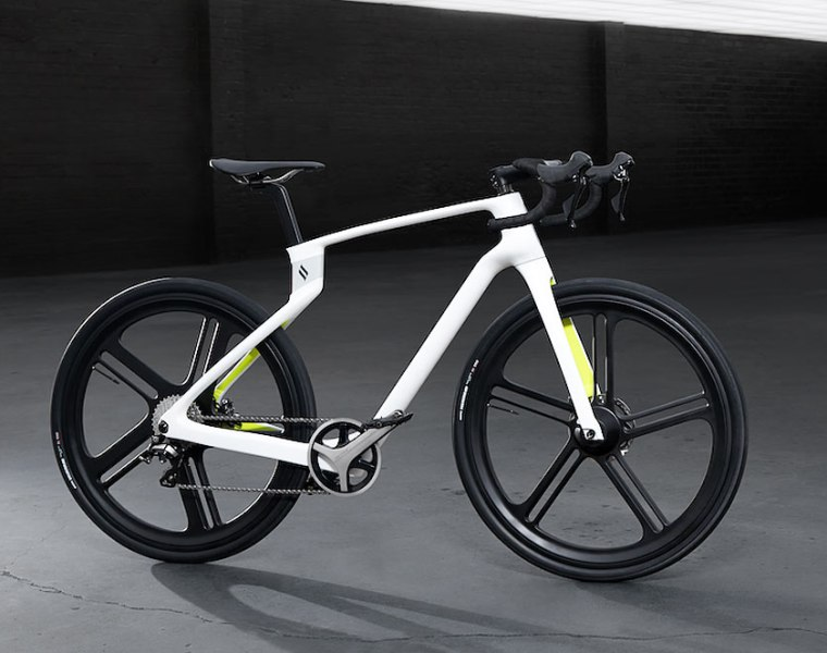 Superstrata's 3D Printed Carbon Fibre E-bike Breaks The Mould