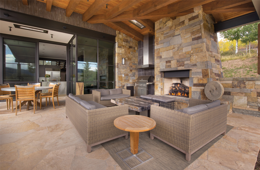 Sophisticated yet comfortable mountain modern home offers ... on Doobz Outdoor Living id=40107