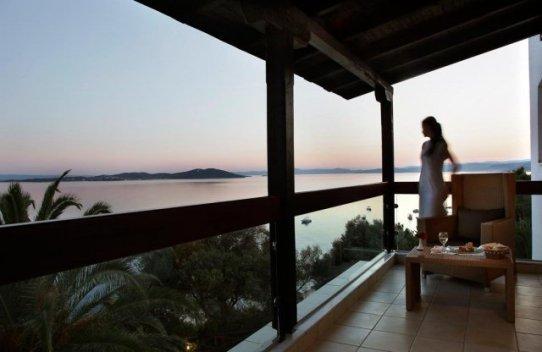 hotel eagles palace halkidiki balkon - Die exklusivsten Luxushotels Griechenlands