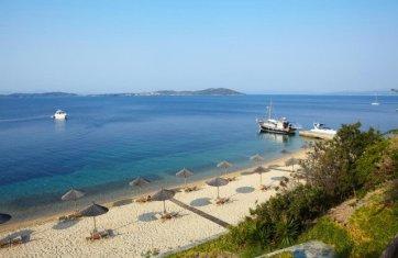 hotel eagles palace halkidiki beach strand - Die exklusivsten Luxushotels Griechenlands