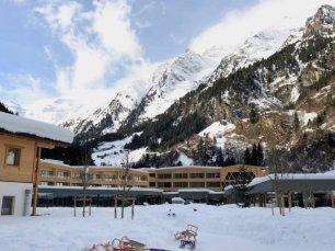 Feuerstein Family Resort Brenner hotelpanorama - Feuerstein Family Resort am Brenner in Südtirol - Entspannter Luxus