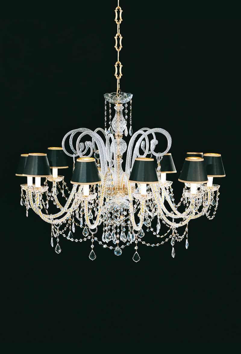 lampadario in metallo dorato e cristallo , piemonte. Lampadari In Cristallo Classici E Moderni Stile E Design Italiani Di Pataviumart