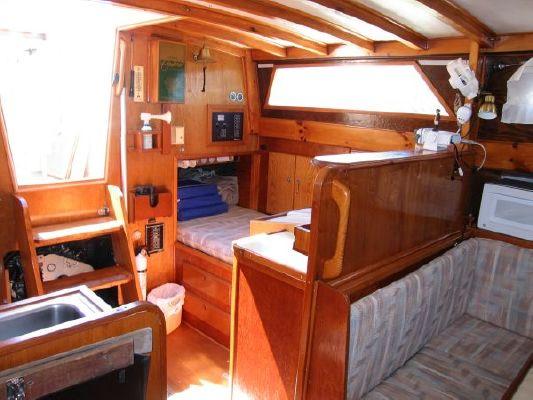 1990 Bruce RobertsDRASTIC PRICE CUT 38 Custom Spray Boats Yachts For Sale