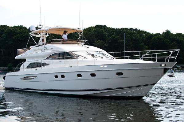 2000 Viking Sport Cruiser Princess 65 Flybridge Motor