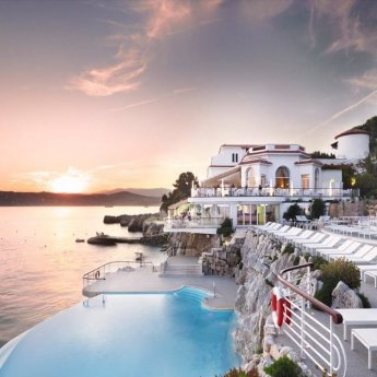 The top 25 most luxurious hotel pools luxury branded for France pools