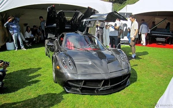 Pagani Huayra Carbon Fiber Edition - Luxury Supercar Weekend