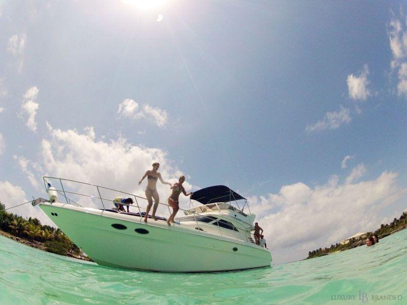 Riviera Maya Luxury Yacht Charter