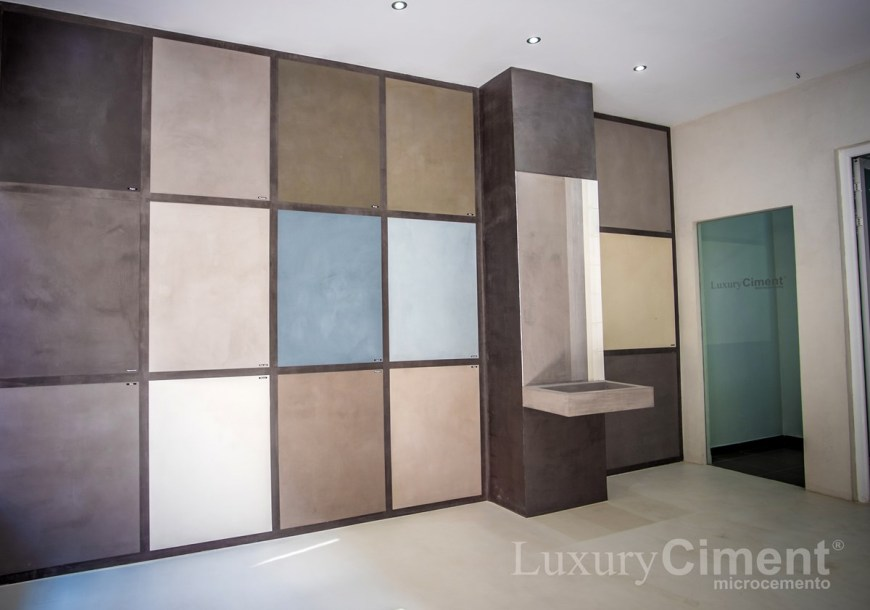 muestras de color y materiales en el Showroom microcemento Luxury Ciment