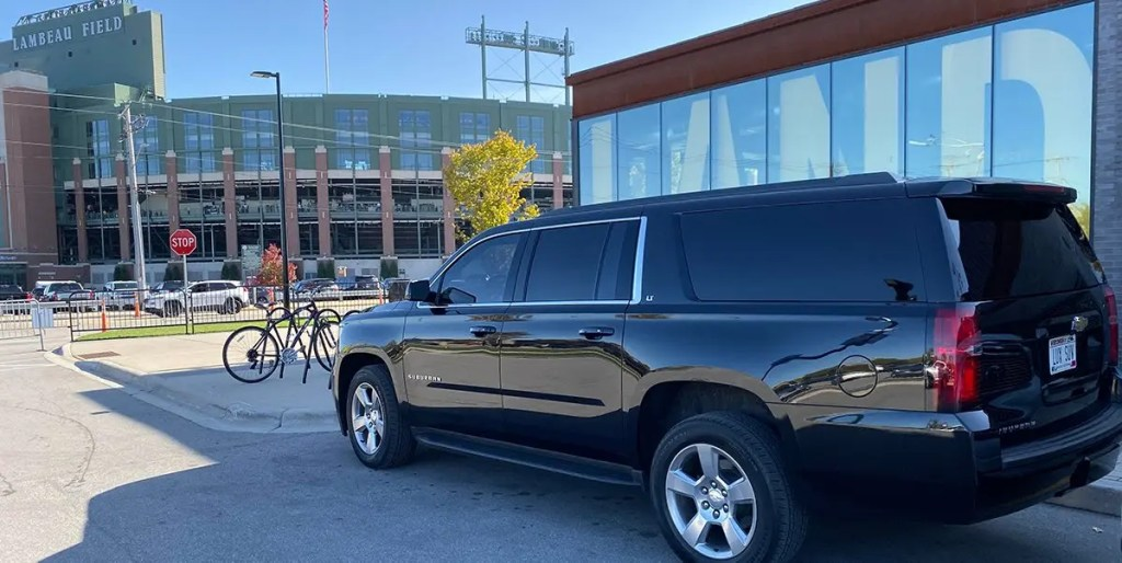 Green Bay Packers Black Car Service for game day transportation by Luxury SUV Rides