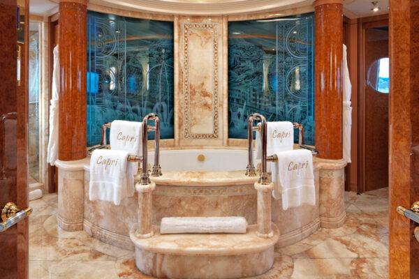 caprii_bathroom)