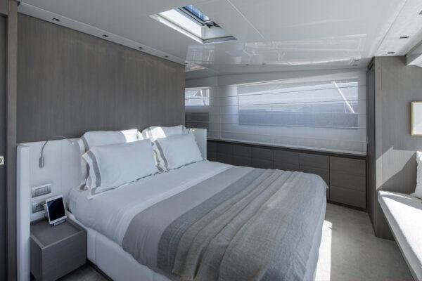 dinaia_motor-yacht (26)