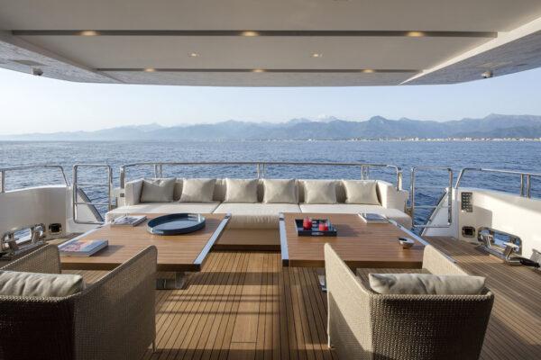 dinaia_motor-yacht (8)