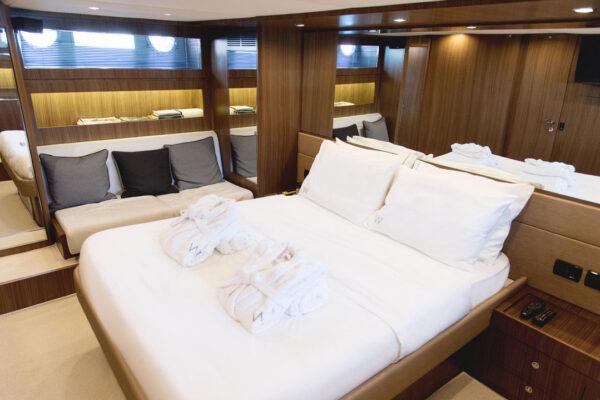 motor_yacht_w_riva (9)