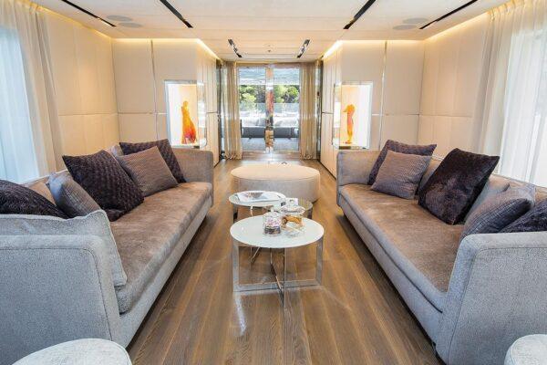 ouranos-yacht-charter-main-salon2