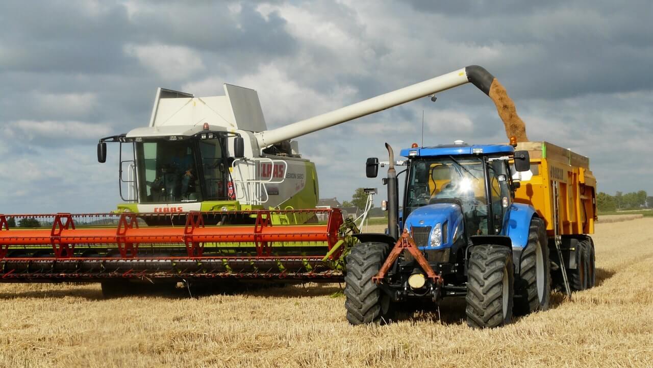 Výhody nákupu použitého poľnohospodárskeho stroja