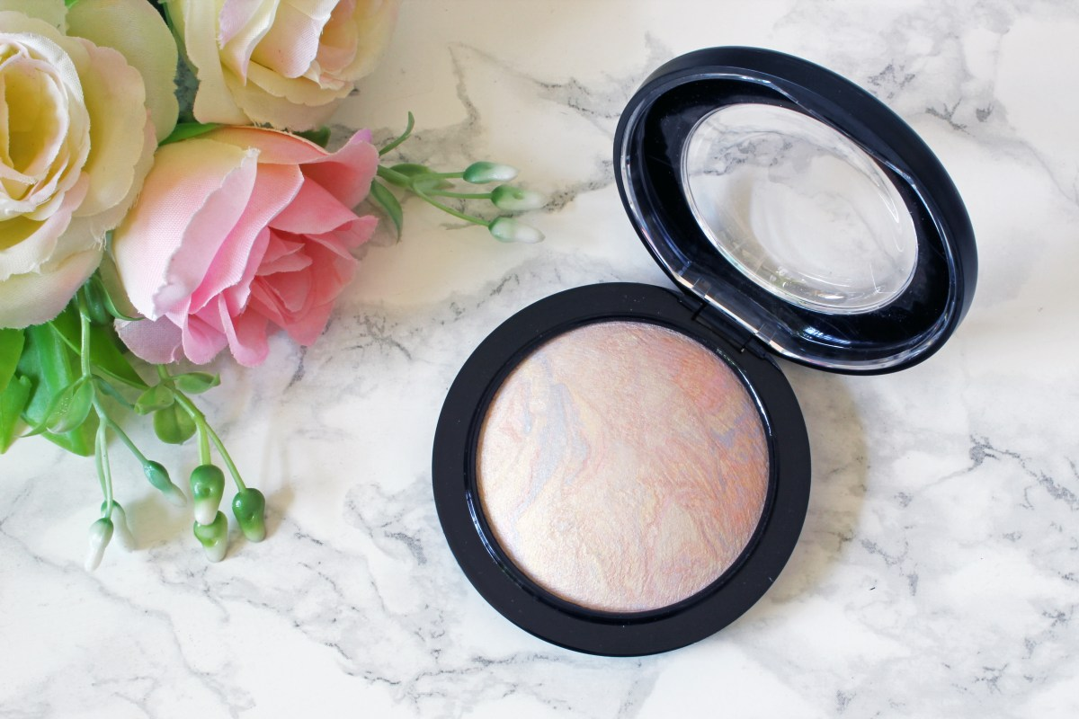 Mac Lightscapade Mineralize Skinfinish | Review