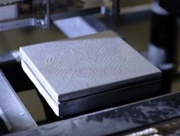 Stratasys é pioneira em peças metálicas impressas em 3D