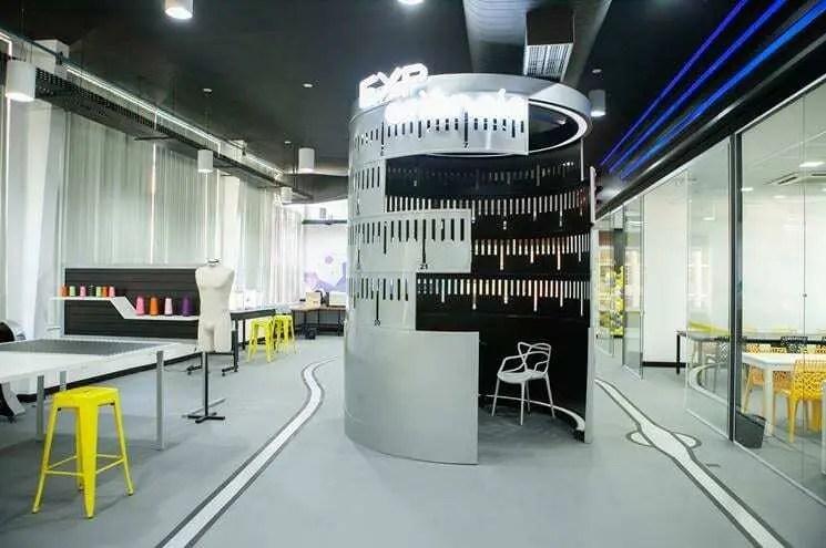 """SENAI CETIQT inaugura centro de estudo da moda com """"demo center"""" da Stratasys"""