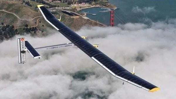 Solar Impulse 2 faz uma volta ao mundo com energia solar