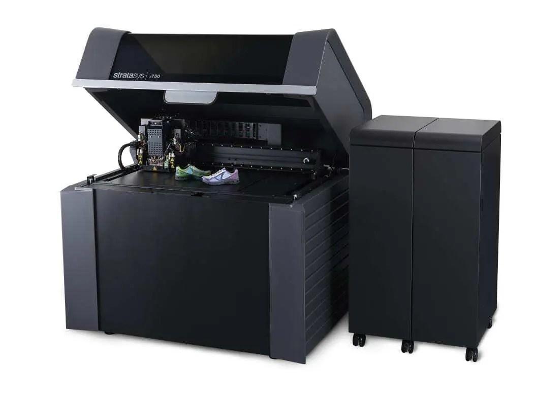 LWT Sistemas vende a primeira impressora 3D J750 da América latina