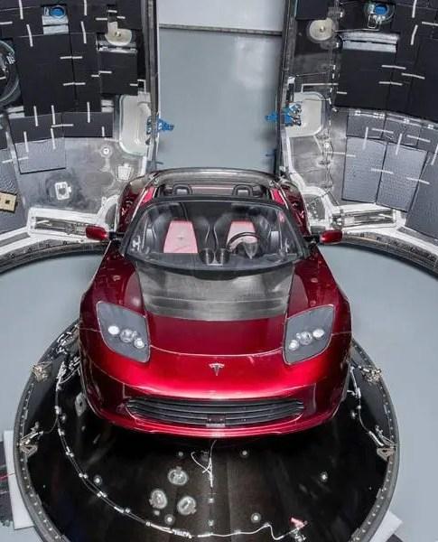 Carro Tesla é lançado ao espaço pela SpaceX 2