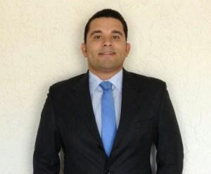 El Abogado colombiano Santiago Ruiz, escribe en el día de la madre para LWYR.