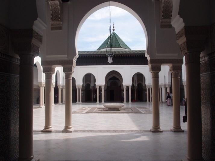 Cour intérieur de la Grande mosquée de Paris