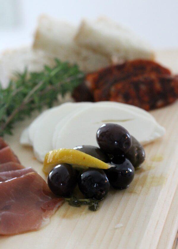 Gin Marinated Olives ~ Lydia's Flexitarian Kitchen