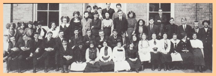 students-ehs-1913