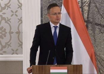 """INNKALT TIL MØTE: Ungarns regjering med utenriksminister,  Péter Szíjjártó, har kalt inn de nordiske ambassadørene til et møte etter deres """"bekymringsbrev"""" til Europarådet. (Skjermbilde/Facebook)."""